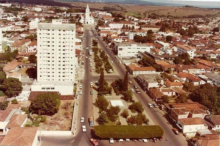 Vista da Avenida Antônio Carlos Década de 90