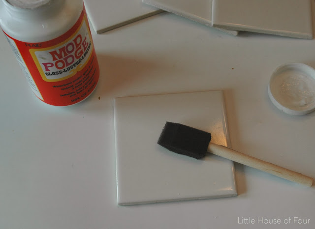 Apply a thin layer of Mod Podge to top of tile