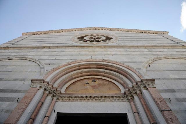 Chiesa San Francesco vista debaixo