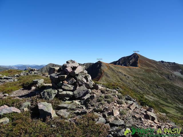 Ruta al Cornón por el Valle los Cereizales: Cima del Pico Sierra Pelada, Somiedo