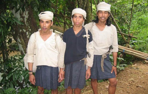 Pakaian Adat Banten dan Penjelasannya