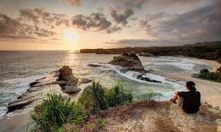 Pantai Klayar Pacitan Jawa Timur