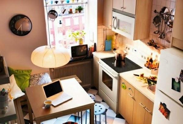 cocina pequeña acogedora