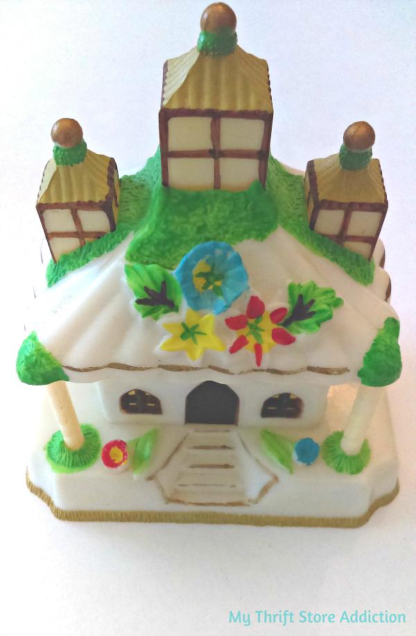 Vintage palace cake topper