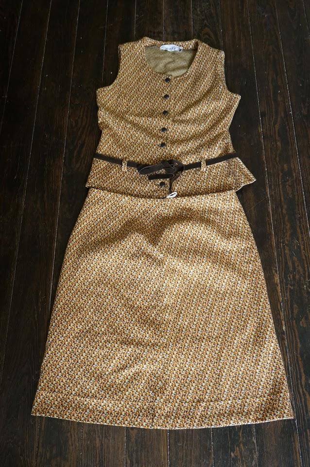un tailleur jupe des années 70 / 70s knit suit