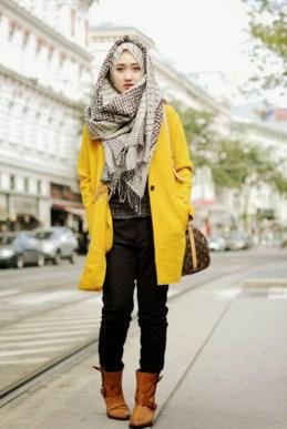 Hijab Dengan Jacket Panjang