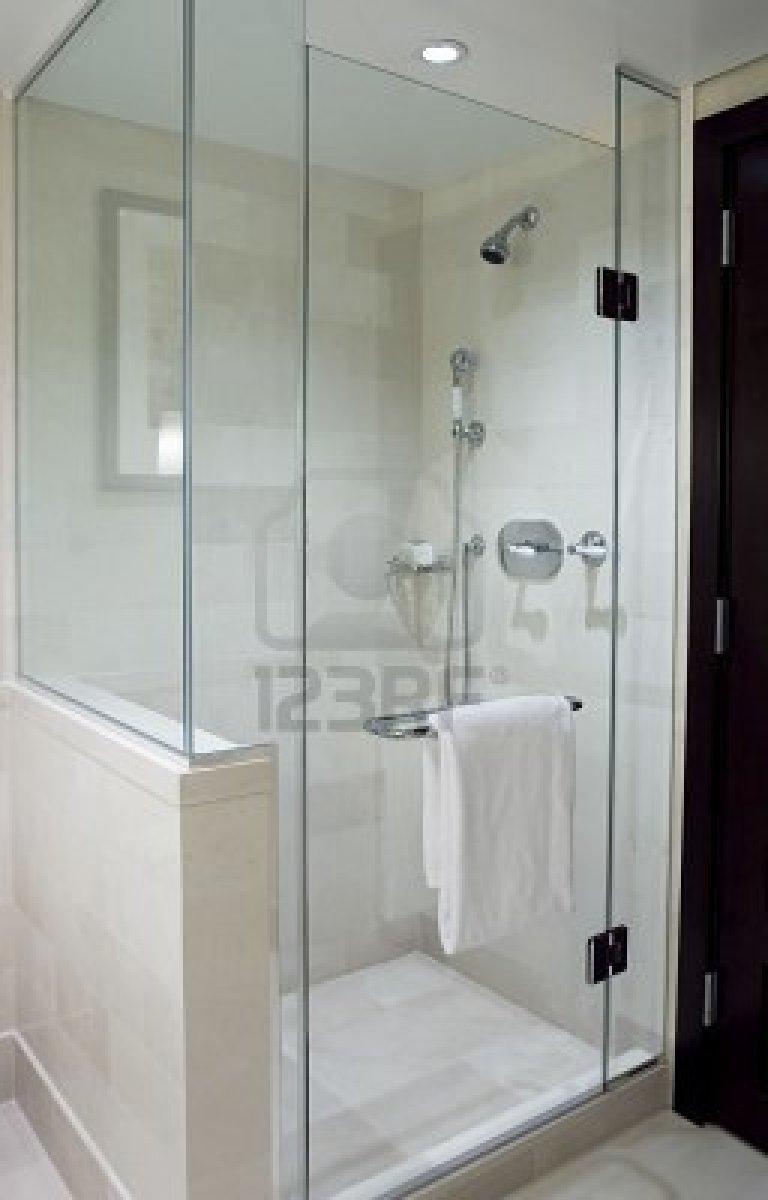 Montano glass - Bathtub showers for small bathrooms ...