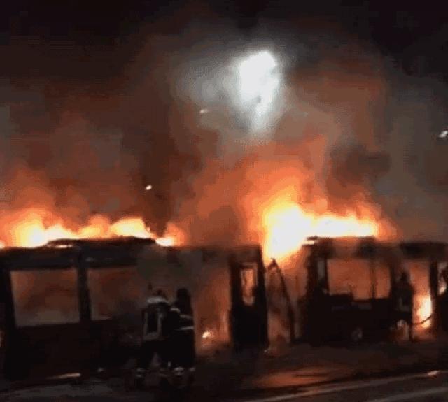 Bus Atac prende fuoco a piazzale Clodio, è il numero 4 del 2019