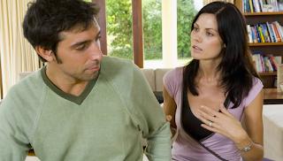 Ο άντρας μου απειλεί πως θα φύγει απ' το σπίτι. Πώς να το χειριστώ;