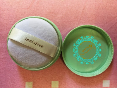 Innisfree No-Sebum Mineral Powder, hermo malaysia, no sebum, mineral powder, beauty, make up, loose powder, brush, sponge, shopping online, innisfree product