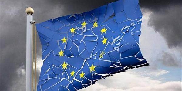 """Ισχυρά σημάδια διάλυσης της ΕΕ μετά το Brexit - Ο Ευρωπαϊκός Νότος συγκροτεί """"μέτωπο"""" κατά της Γερμανίας"""