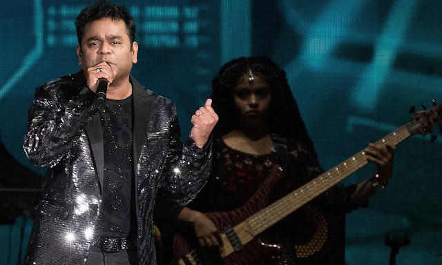 Full HQ Photos of Bollywood IIFA Awards 2017