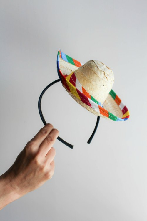 DIY sombrero, fiesta party, cinco de mayo