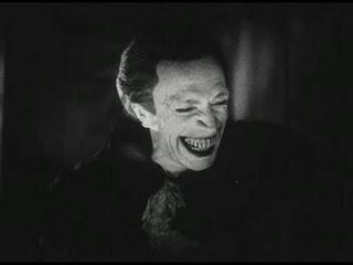 Conrad Veidt realiza una actuación soberbia en El hombre que ríe