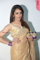 Tejaswi Madivada in Saree Stunning Pics  Exclusive 004.JPG