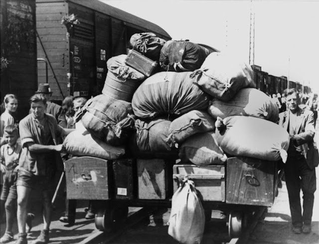 German refugees herded freight trains