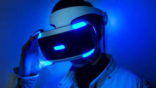 مصمم خوذة الواقع الإفتراضي PlayStation VR يغادر شركة سوني بصفة نهائية وهذه وجهته المقبلة ..