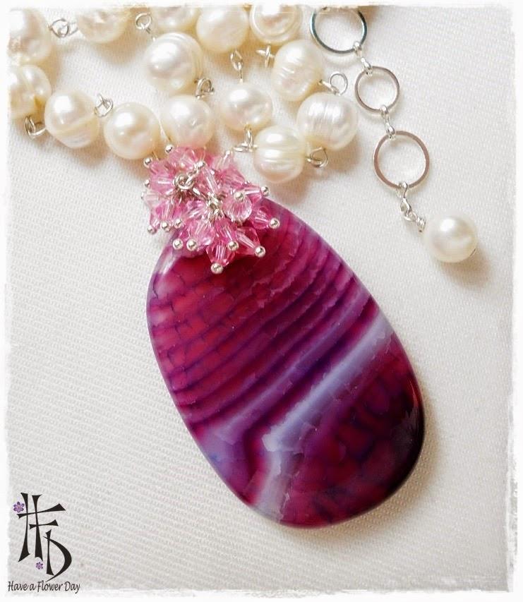 GEA. Gargantilla de perlas con ágata / Pearl necklace with agate