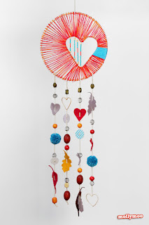 http://mollymoocrafts.com/heart-hope-dreamcatcher/