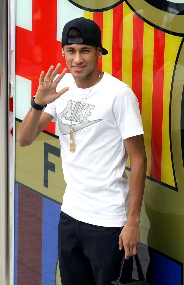pictures Neymar in FC Barcelona 2013 - football pictures