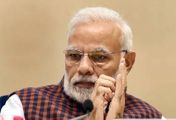 नरेंद्र मोदी ने 24 घंटे से भी कम समय में दो बड़े  झटके लिए