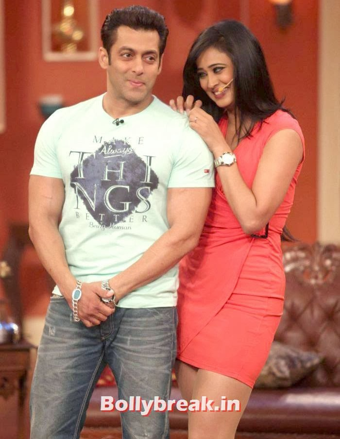 Salman Khan, Shweta Tiwari, Shweta Tiwari in Red Dress on Comedy Nights with Kapil