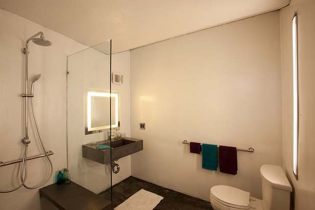 Clean-Bathroom-Design-ENJOY-HOUSE-Team-New-Jersey