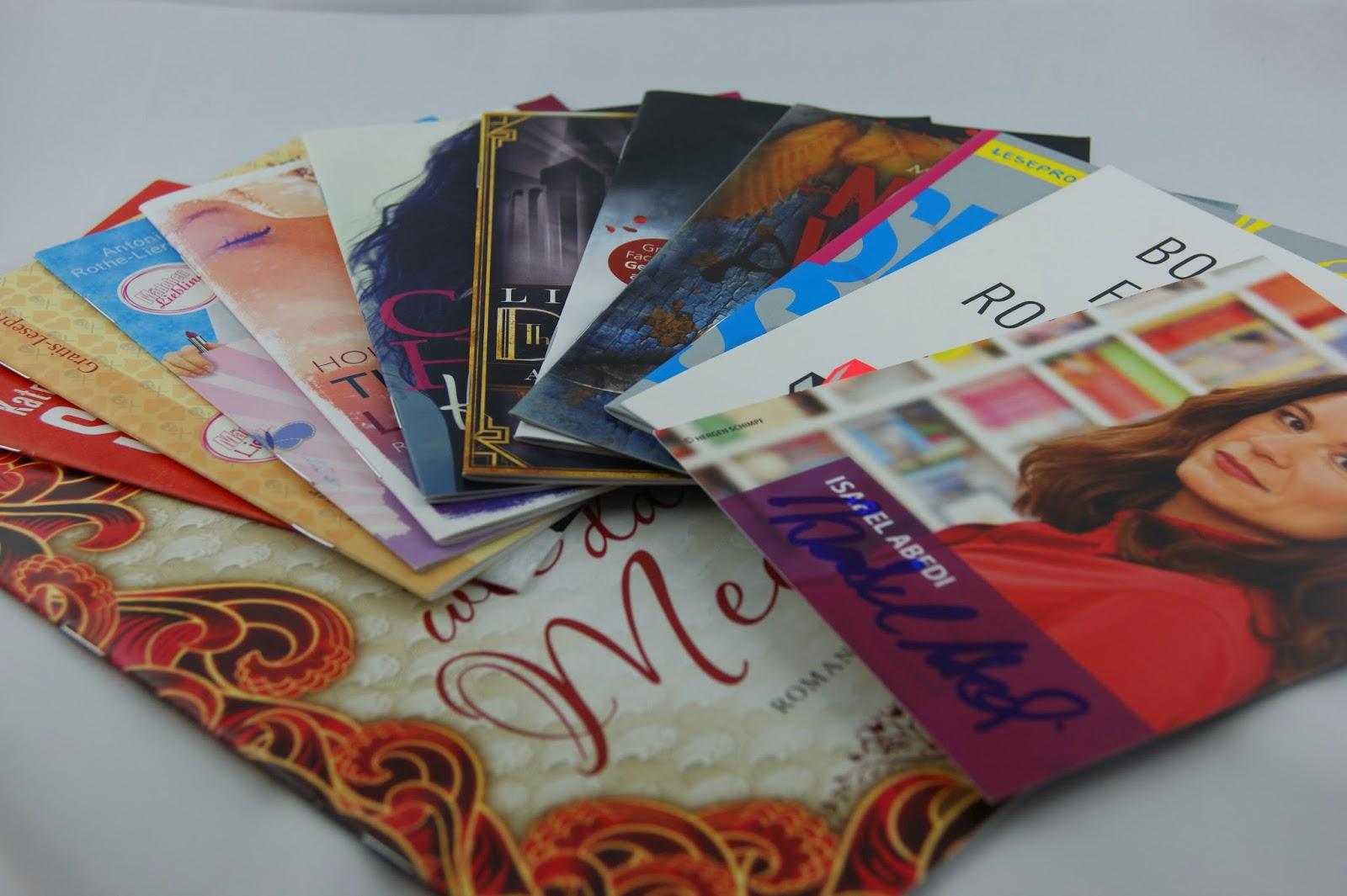 Leser-Überlebenspaket_Leseproben_Autogrammkarte_Postkarte_Fotozelt