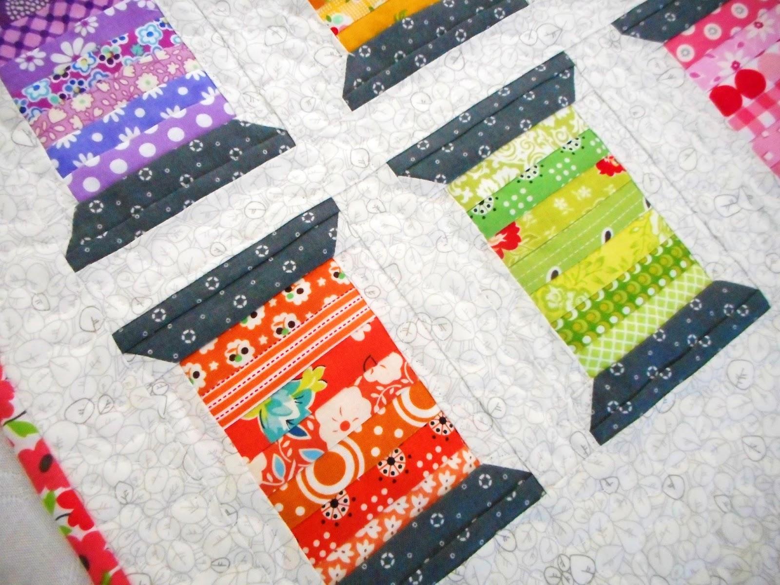 Quilting Thread Patterns : Pinkadot Quilts: Spools of Thread Mini Quilt