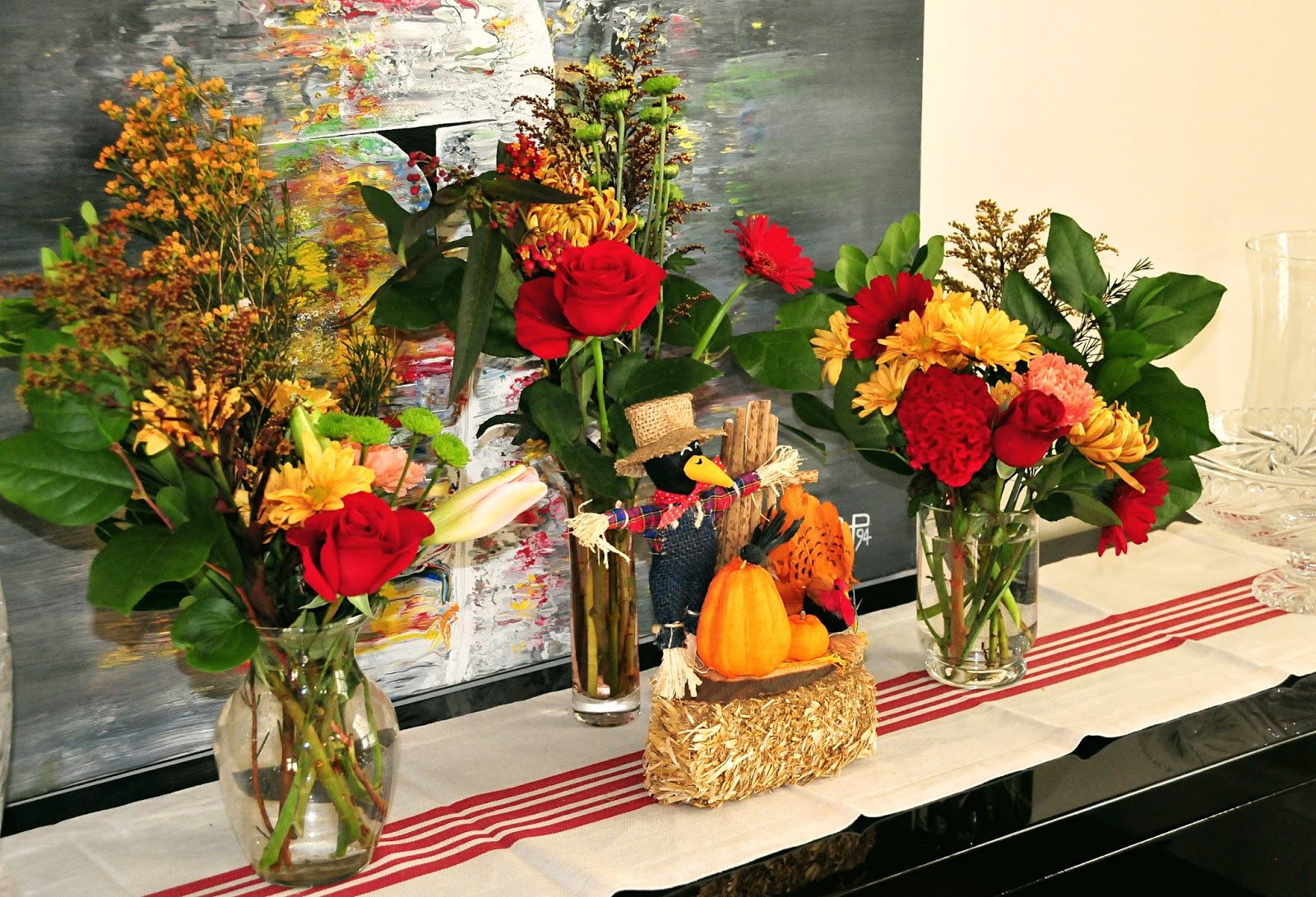 thanksgiving table setting decor ideas flowers fall yellow red