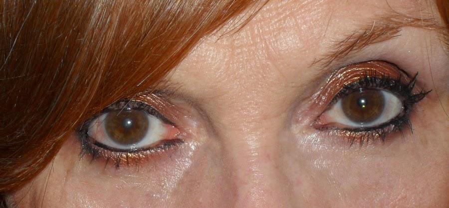 Imagen Ojos abiertos longlasting 5 con Golden
