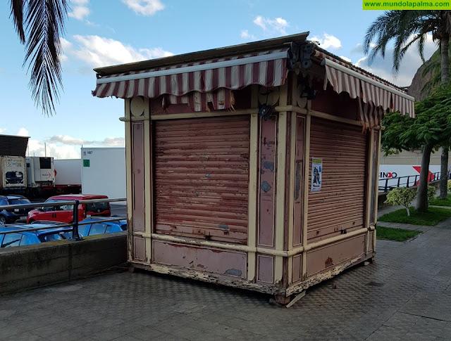 El PP plantea una salida para los quioscos abandonados en la ciudad, que dan mala imagen y son un peligro