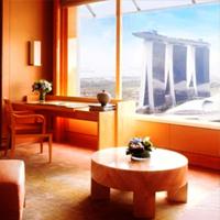 Malam tahun baru di hotel The Ritz-Carlton Millenia Singapore.