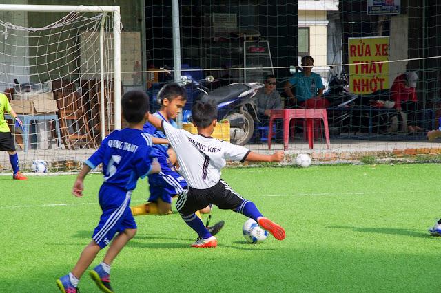Học bóng đá cho thiếu nhi tại quận 9 tp HCM