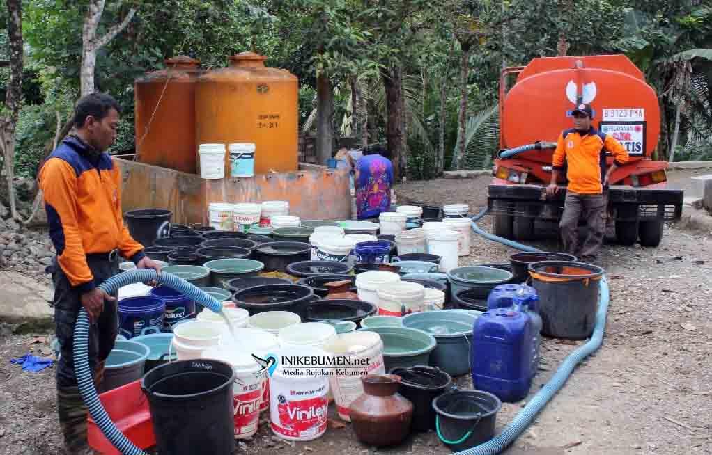 Kekeringan Makin Parah, Kebutuhan Air Bersih 59 Desa Dipasok BPBD