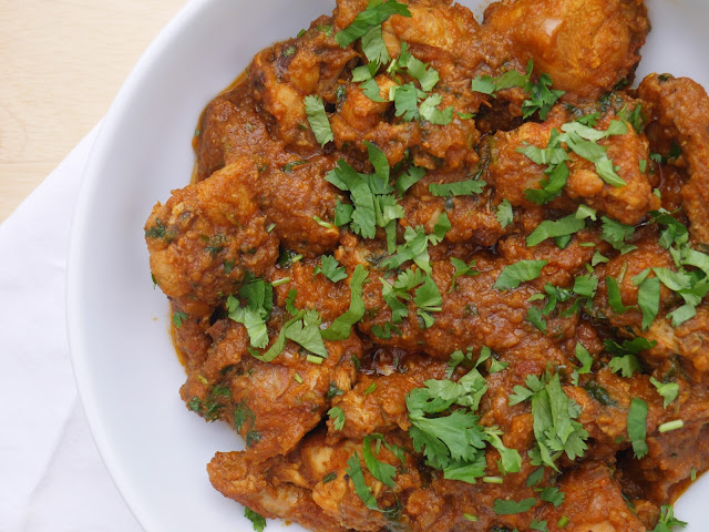 how to make chicken curry pakistani recipe