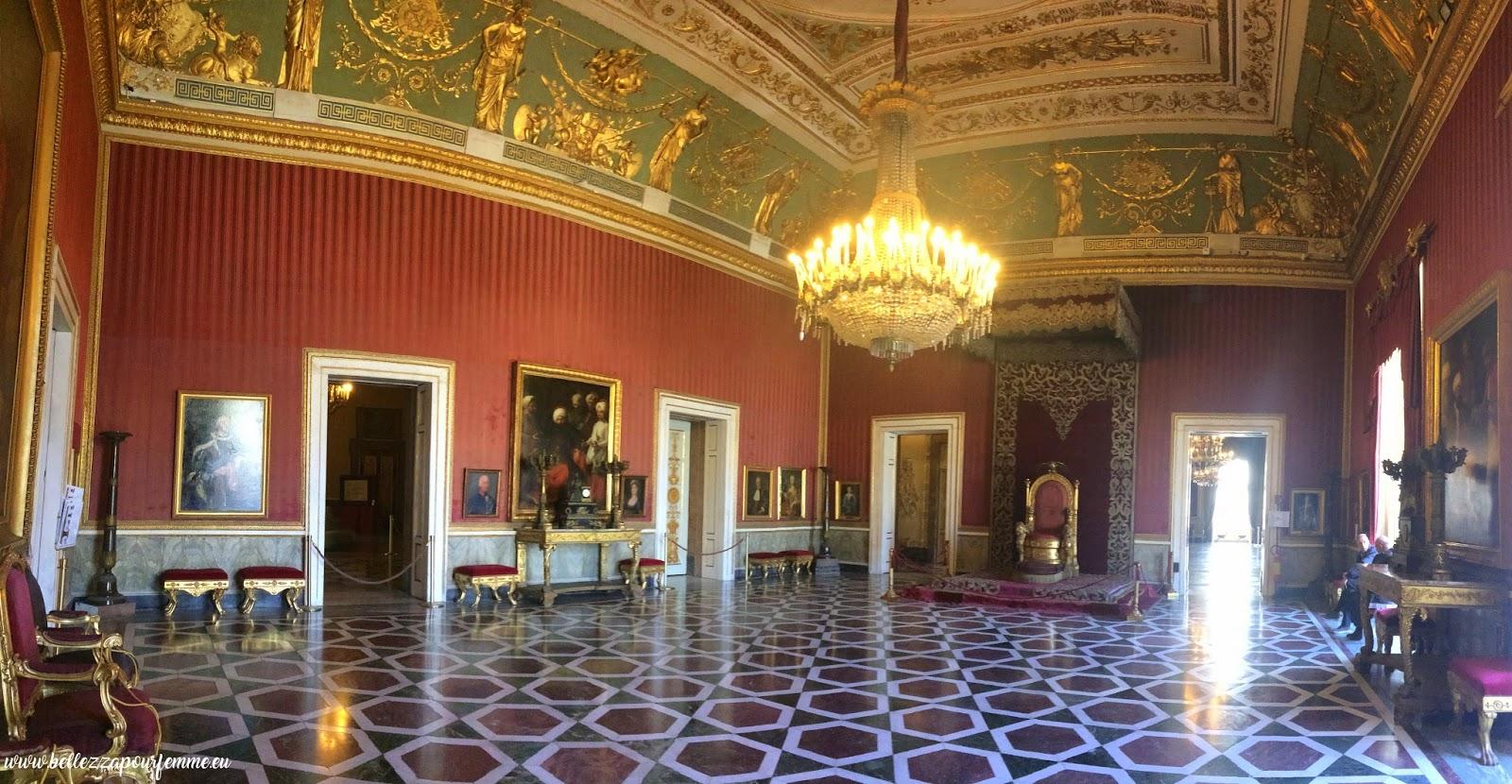 Palazzo Reale di Napoli -  Sala del trono