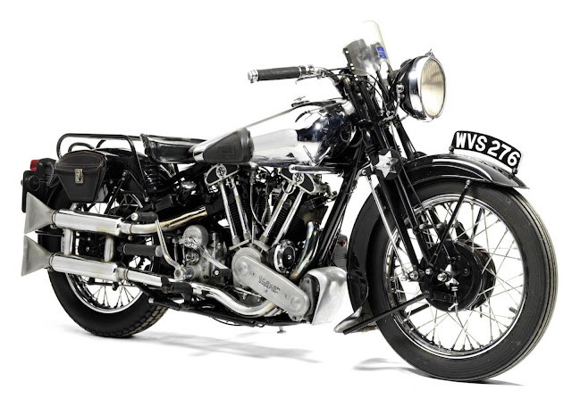 Brough Superior SS100 Tail Look