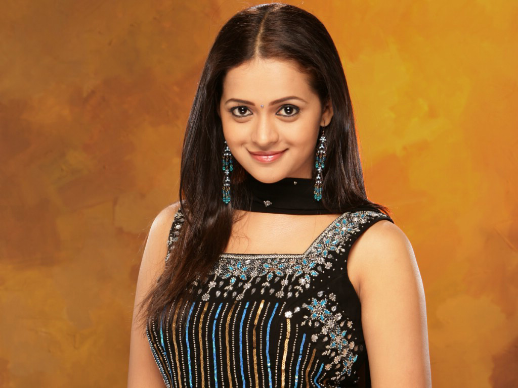 http://3.bp.blogspot.com/-7SRMVHFQbIM/UXXdnKsvAVI/AAAAAAAAFro/araWvZXSvNU/s1600/bhavana+full+hd+wallpapers+latest+collection+new+year+(21).jpg