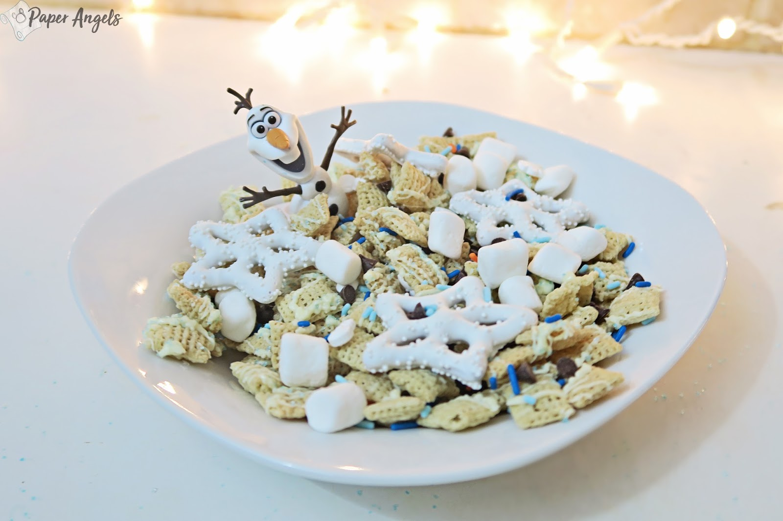 How to Make an Olaf Snack Mix