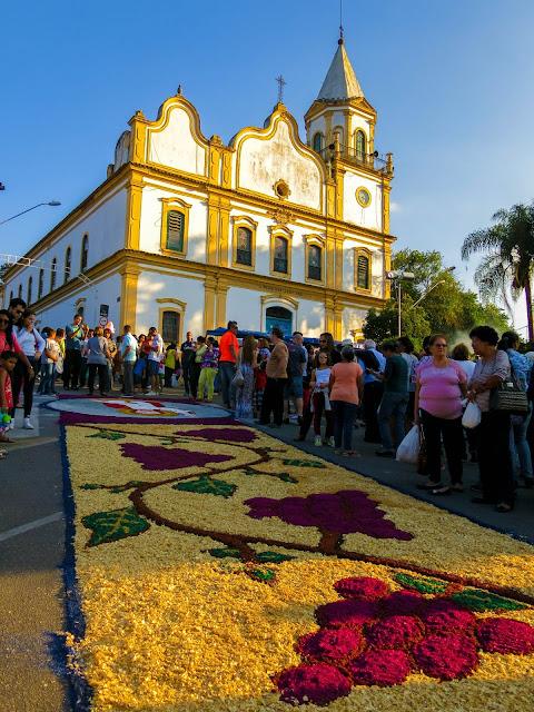 Tapetes de Corpus Christi em Santana de Parnaíba