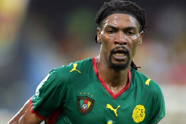 """وفاة """"سونج"""" الاسطورة الكاميرونية، كشف حقيقة سبب وفاة سونج لاعب الكاميرون"""