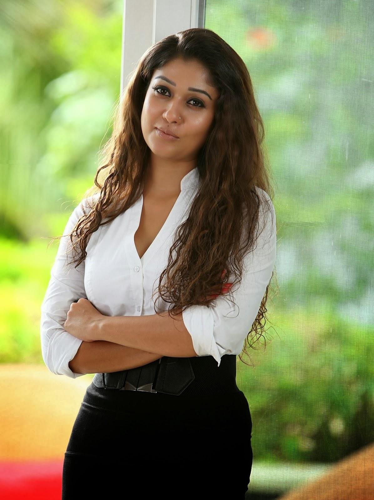 Nayantara Smoking Hot Legs Show In Tamil Film Aarambam