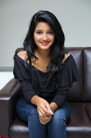 Deepthi Shetty looks super cute in off shoulder top and jeans ~  Exclusive 28.JPG