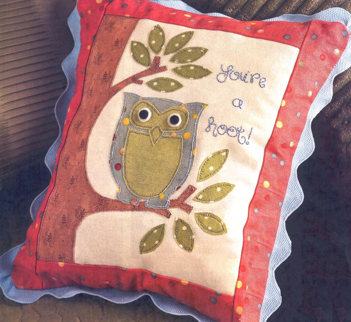 "аппликация Сова на подушку.  Cushion with applique ""owl"""