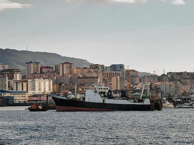 fotos de barcos, imagenes de barcos, santa mafalda, arrastrero, vigo, pesca altura
