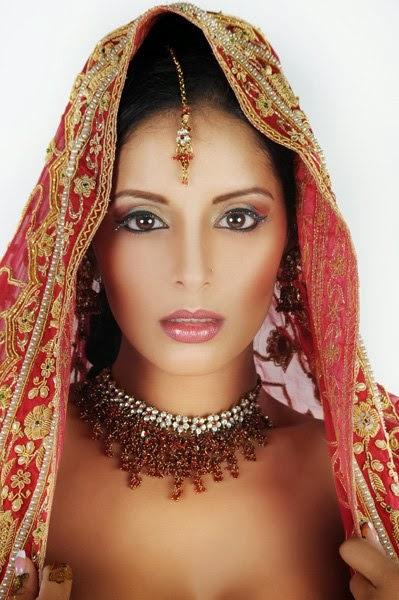Tehmeena Afzal Nude Photos 28