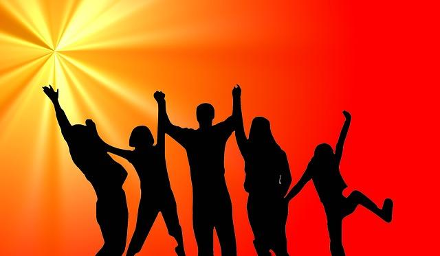 10 Tips Hidup Bahagia dan Penuh Percaya Diri