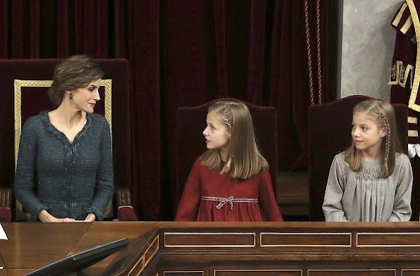 Queen letizia wore Felipe Varela dress, Princess Leonor wore Nanos Dress, Princess Sofia wore Nanos dress, Magrit pumps, Felipe Varela Clutch Bag