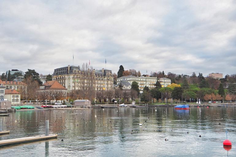 Vile de Lausanne au bord du lac Léman en Suisse